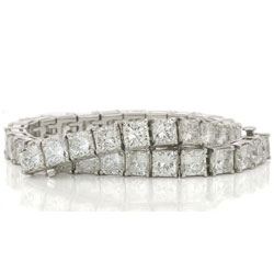 18ct t.w. Radiant Cut Diamond Tennis Bracelet