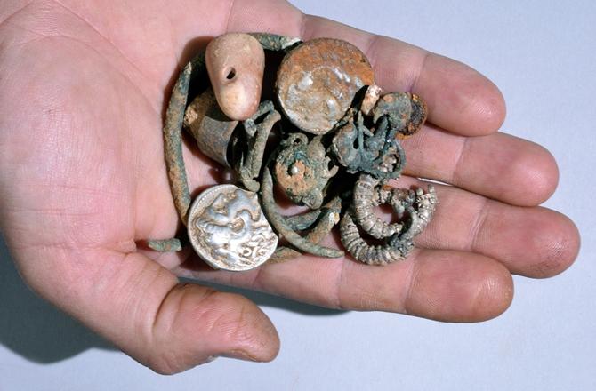 4-treasure-150309