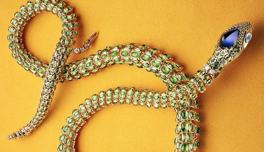 temple-st-clair-serpent-necklace-lg-crop