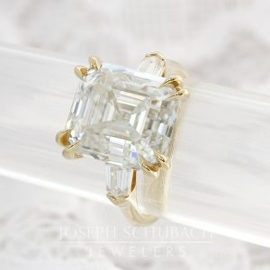 Radiance® antique asscher and bullet cut engagement ring_01-35