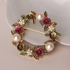 Vintage Brooch Faux Pearls and Enamel Flowers.