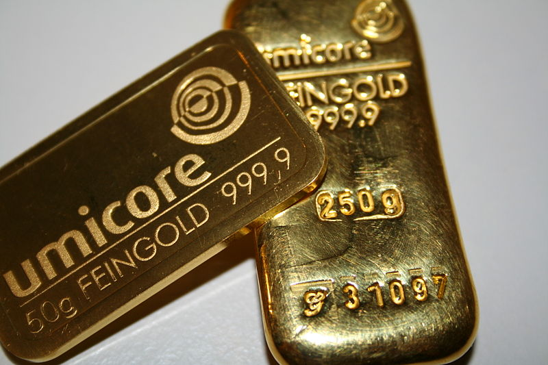 A minted bar (left) and a cast bar (right)