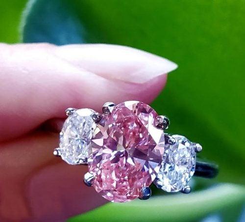1.91ct fancy pink oval diamond
