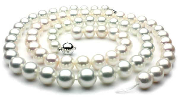 Joseph-schubach-freshwater-pearl-comparison